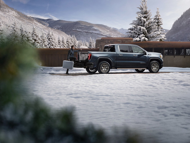All-new CarbonPro Editions of GMC Sierra on Sale this Summer
