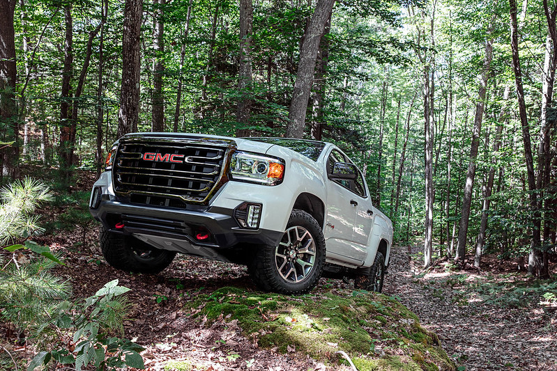 GMC Canyon AT4 OVERLANDX Off-Road Concept Unveiled